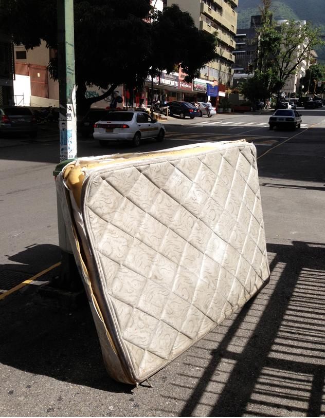 Geometría radical en Caracas de Luis Molina Pantin 3