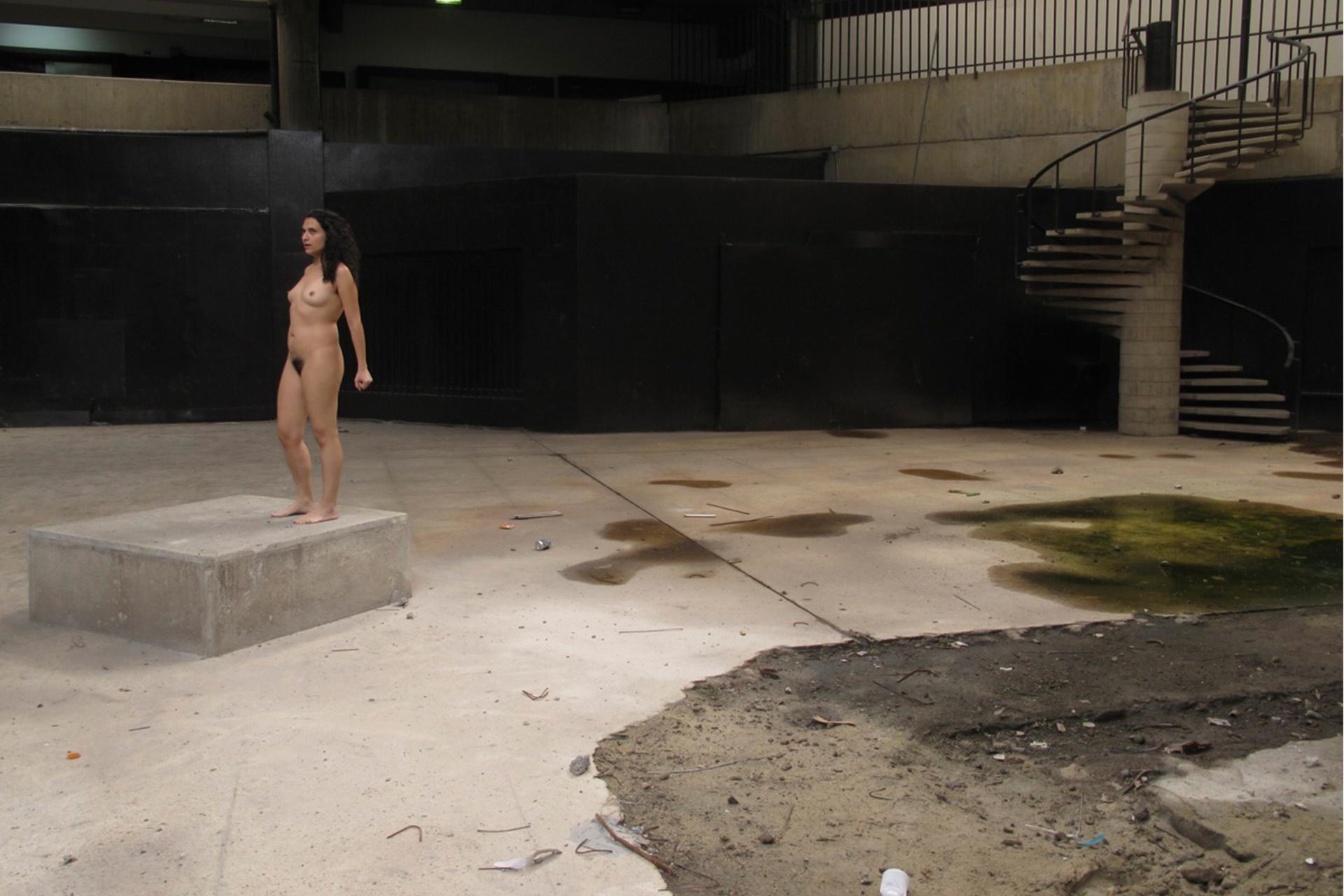 Intervención al Museo de Arte Contemporáneo de Caracas, Fotoasalto, 2011.