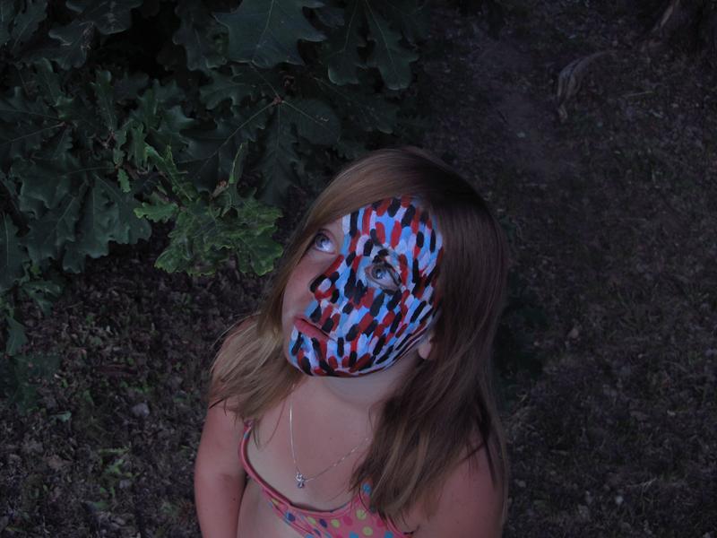 Primer acercamiento al maquillaje. Prácticas en el rostro de Nini. 2016