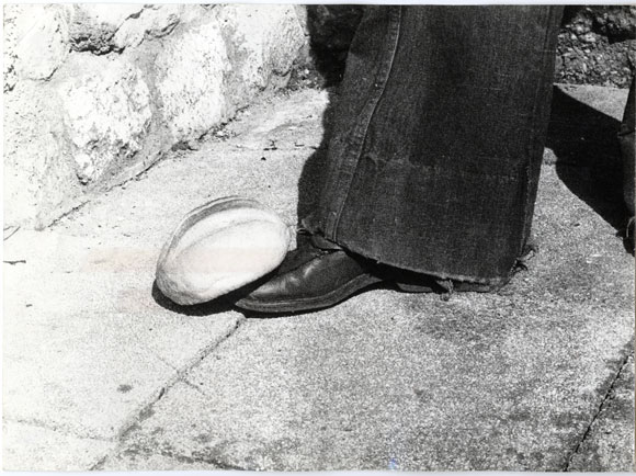 Mladen Stilinovic. The foot-bread relationship.1977.