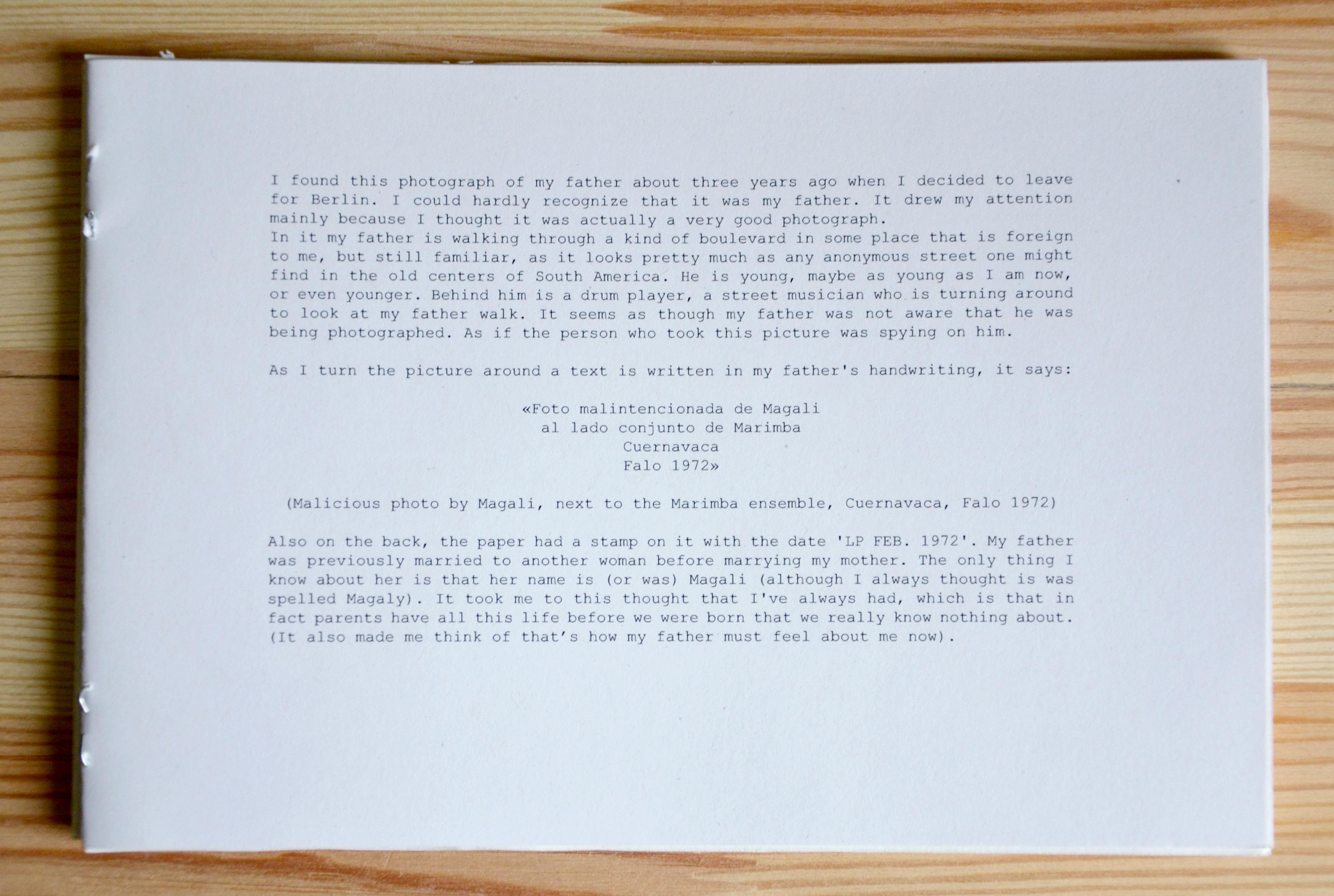 My Own Private México (2014), cuadernillo de impresión digital con texto que acompaña las fotografías