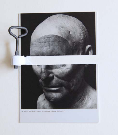 SOÑÉ QUE DORMÍA | I dreamed I was sleeping | Postal (Retrato masculino, Rome, Palazzo Capitolino) y objeto metálico. 2014