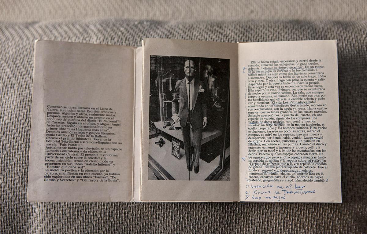 Biblioteca-Adriano-Gonzalez-Leon-01
